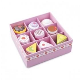 Set de 9 prajituri in cutie de cadou - New Classic Toys