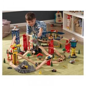 Trenuleț din lemn Super Highway cu set de accesorii - KidKraft