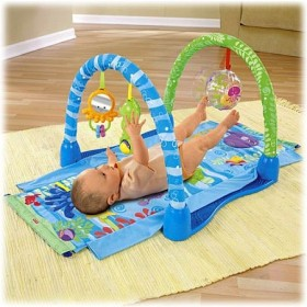 Centru de joaca Ocean Wonders Kick & Crawl Gym - Fisher Price