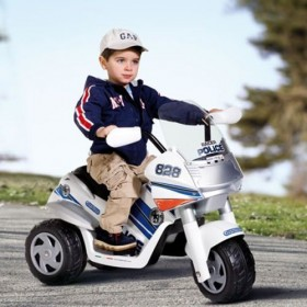 Motocicleta Raider Police
